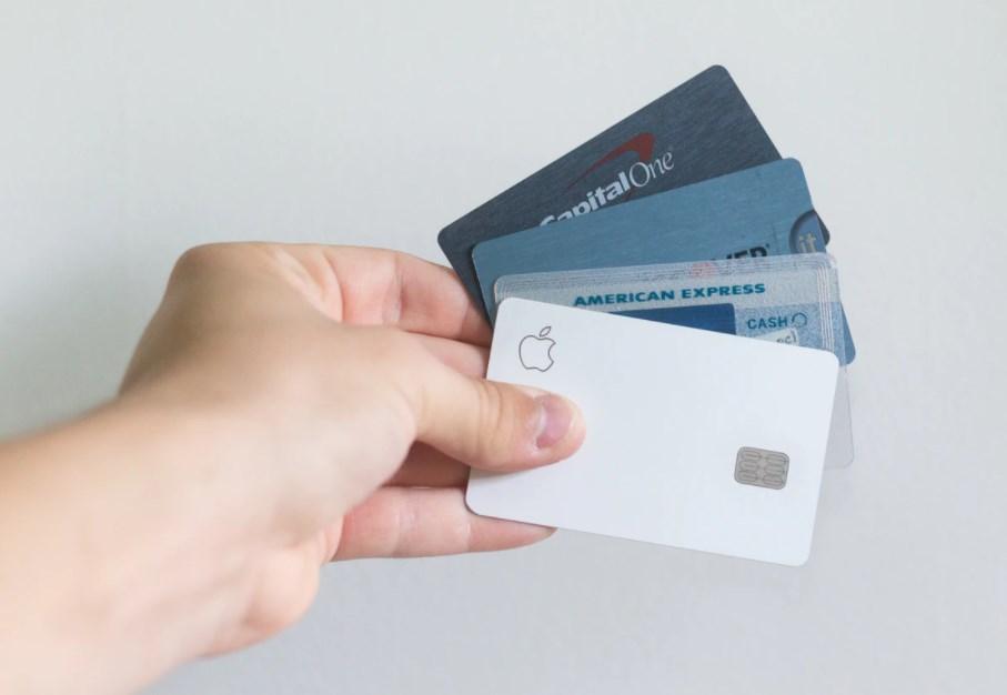 デビットカードが使えないときは種目別の限度額も確認する