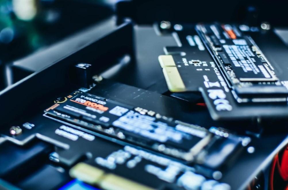 PCの容量不足にはCrucial製SSDだと交換が楽。手順・手間&時間の記録